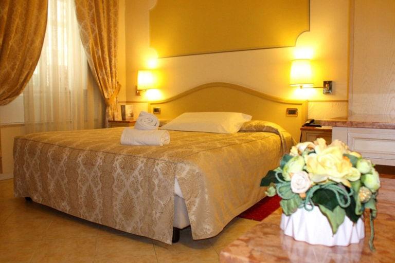 ena hotel camera